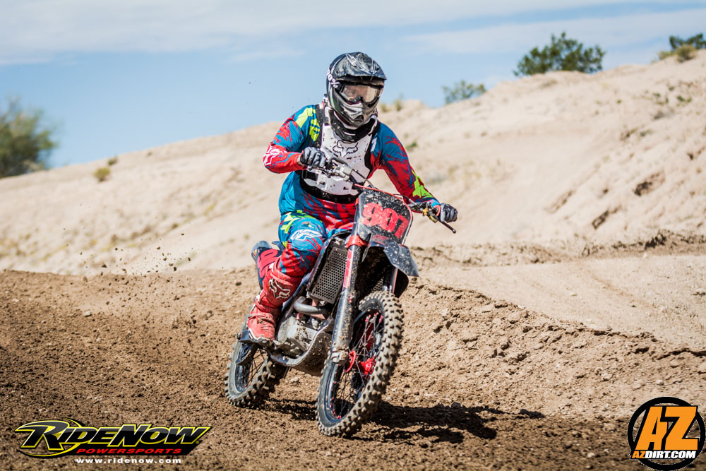 SMX Rd3-6992